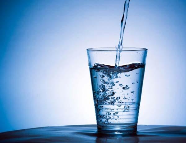 agua-para-perder-peso